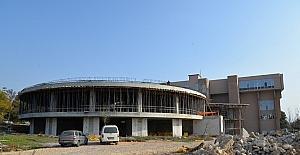 UÜ'ye dev kütüphane