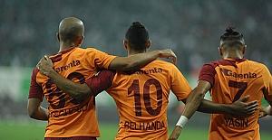 Galatasaray maçında sahada gerginlik