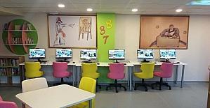 Isparta'daki okula Z-Kütüphane ayrıcalığı