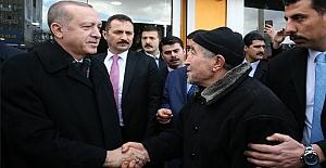 Erdoğan, İskitler#039;de esnaf ziyareti...