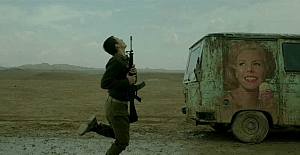 İsrail Foxtrot filminden bile korktu