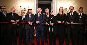 TBMM Başkanı Dolmabahçe Sarayı'nda Salonları'nın açılışını yaptı