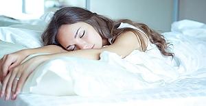 Uyurken yaşanan 9 ilginç şey