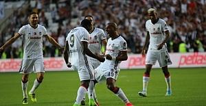 Flaş gelişme: Beşiktaş'ta 3 ayrılık