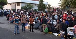 Suriyelilere 'kentten çıkmayın' genelgesi!