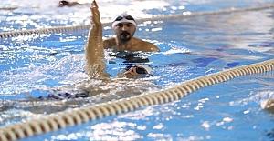 Üsküdar yüzme kursu eğitimlerine devam ediyor