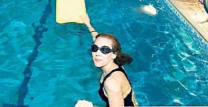 Yakacık yüzme havuzuyla bölgeye önemli katkı