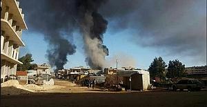 YPG Afrin'i giderken yakıp imha ediyor