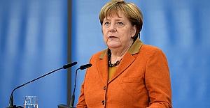 YPG'yi vurduk ses Merkel'den geldi