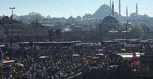 İstanbul'da görülmemiş izdiham