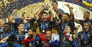 Dünya Kupası'nın sahibi Fransa oldu