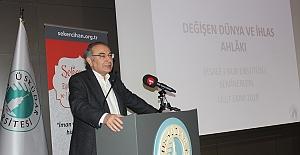 Prof. Dr. Nevzat Tarhan: Değişen dünya ve ihlas ahlakı