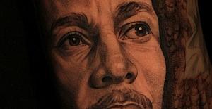 Bob Marley Dövmeler: Reggae Müziğinin Simgesi