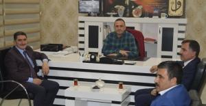 AK Parti heyetinden Gazeteci Ahmet Genç'e ziyaret