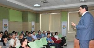 """Belediye personeline """"Kurumsal Motivasyon ve Kurumsal İletişim"""" semineri"""