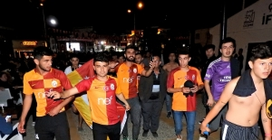 Çeşmeli Galatasaraylılar çifte bayram yaptı