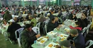 Odunpazarı'nın iftar programında 3 bin kişi oruç açtı