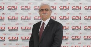 """Prof. Dr. Bingür Sönmez uyardı: """"İftarda arka arkaya içilen sigara ölüme neden olabilir"""""""