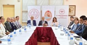 Denizli'de 'Beyaz Bayrak ve Beslenme Dostu Okul' sertifika töreni