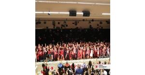 Doğuş Üniversitesi 2018-2019 mezunlarını verdi