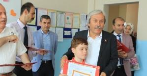 Osmaneli'de öğrencilerin karne heyecanı