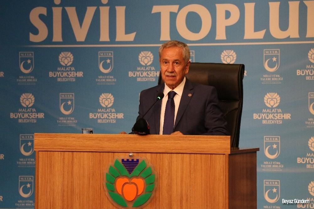 '2023 Hedeflerinde Sivil Toplumun Rolü' paneli düzenlendi
