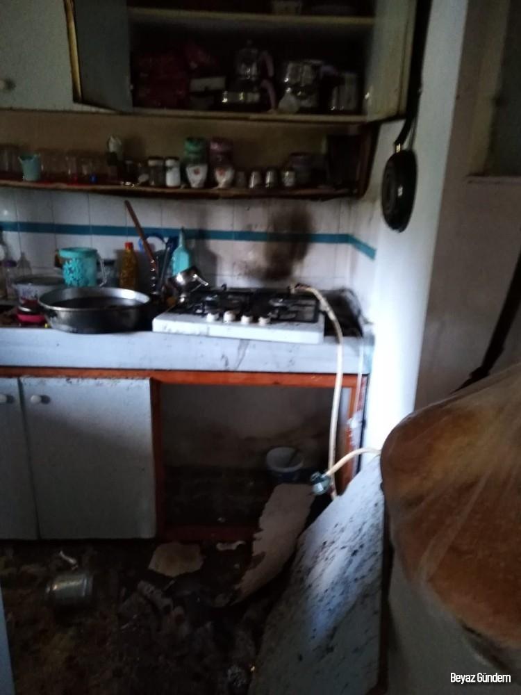 Erdek'te tüp alev aldı, yangın çıktı
