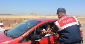 Jandarmadan sürücülere broşürlü uyarı