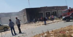 Libya'daki havalimanına saldırı: 2 yaralı