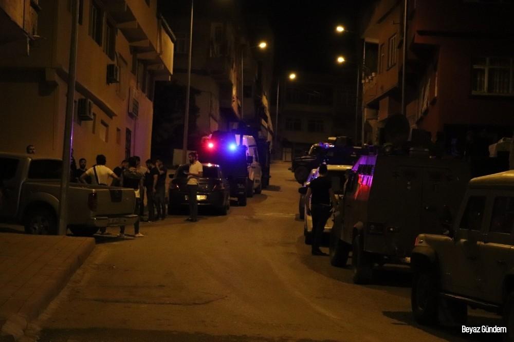 Siirt'te silahlı saldırı, 1 kişi etkisiz hale getirildi, 1 polis yaralandı