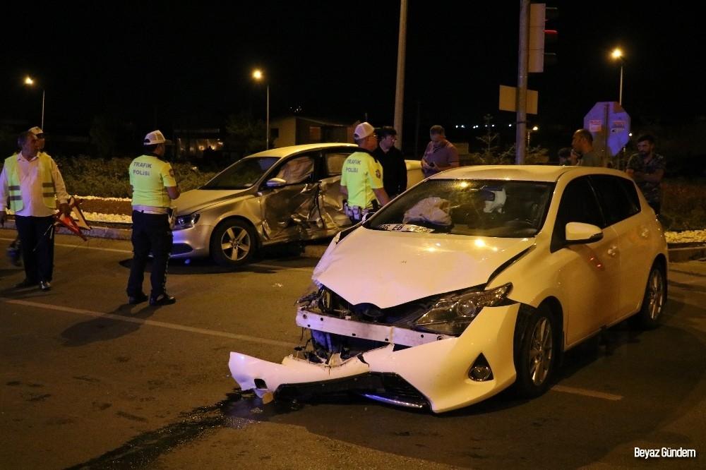 Sivas'ta trafik kazası 10 yaralı