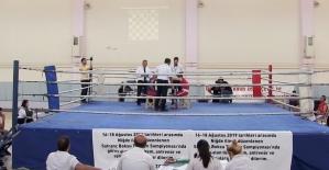 Türkiye'de ilk 'Satranç Boks' şampiyonası Niğde'de yapıldı