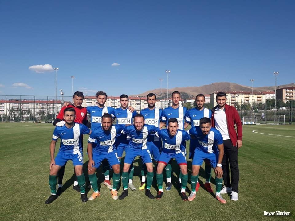 Yeşilyurt Belediyespor hazırlık maçında Dersimspor ile karşılaştı