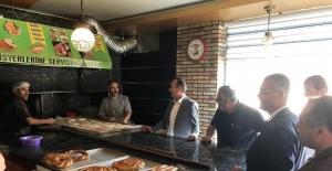 AK Parti'den esnafa ziyaret