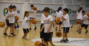 Aliağa Belediyesi spor okulları kursları başlıyor