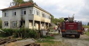 Düzce'de korkutan ev yangını