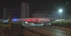 İzmir'de hastane inşaatının deposunda yangın çıktı