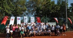 """""""Kortta Diplomasi Turnuvası""""nın kazananları belli oldu"""