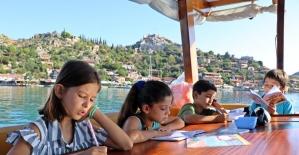 Öğrencilerin turistleri bile kıskandıran taşımalı eğitimi