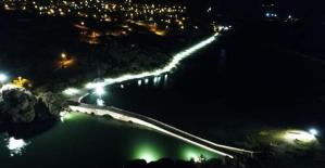 Selçuklu yadigarı Çeşnigir Köprüsü aydınlatıldı