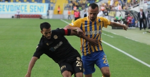 Süper Lig: MKE Ankaragücü: 0 - BTC Türk Yeni Malatyaspor: 3 (İlk yarı)