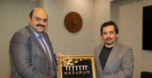Başdanışman Küçükyılmaz'dan Başkan Orhan'a ziyaret