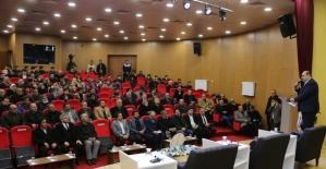 """Başkan Orhan: """"Dünya siyasetine yön veriyoruz"""""""