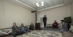 Başkan Vekili Aslan'dan şehit ailelerine ziyaret