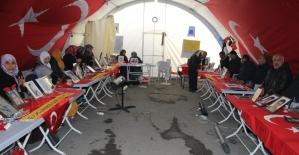 HDP önündeki ailelerin evlat nöbeti 142'nci gününde