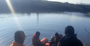 Kayıp kişinin cesedi nehirde bulundu