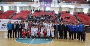 Okullar arası  Genç (A) Erkekler Basketbol İl Birinciliği sona erdi