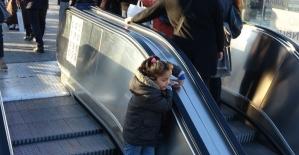 (Özel)Taksim Metrosunun yürüyen...