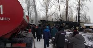 Rusyada köy evinde yangın: 11...