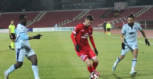 TFF 1. Lig: Balıkesirspor: 0 - Adana Demirspor: 4 (İlk yarı sonucu)